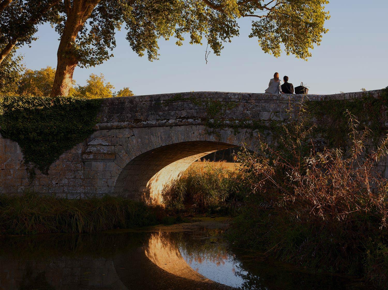 Pont sur la rivière du Cosson - Promenades à Chambord