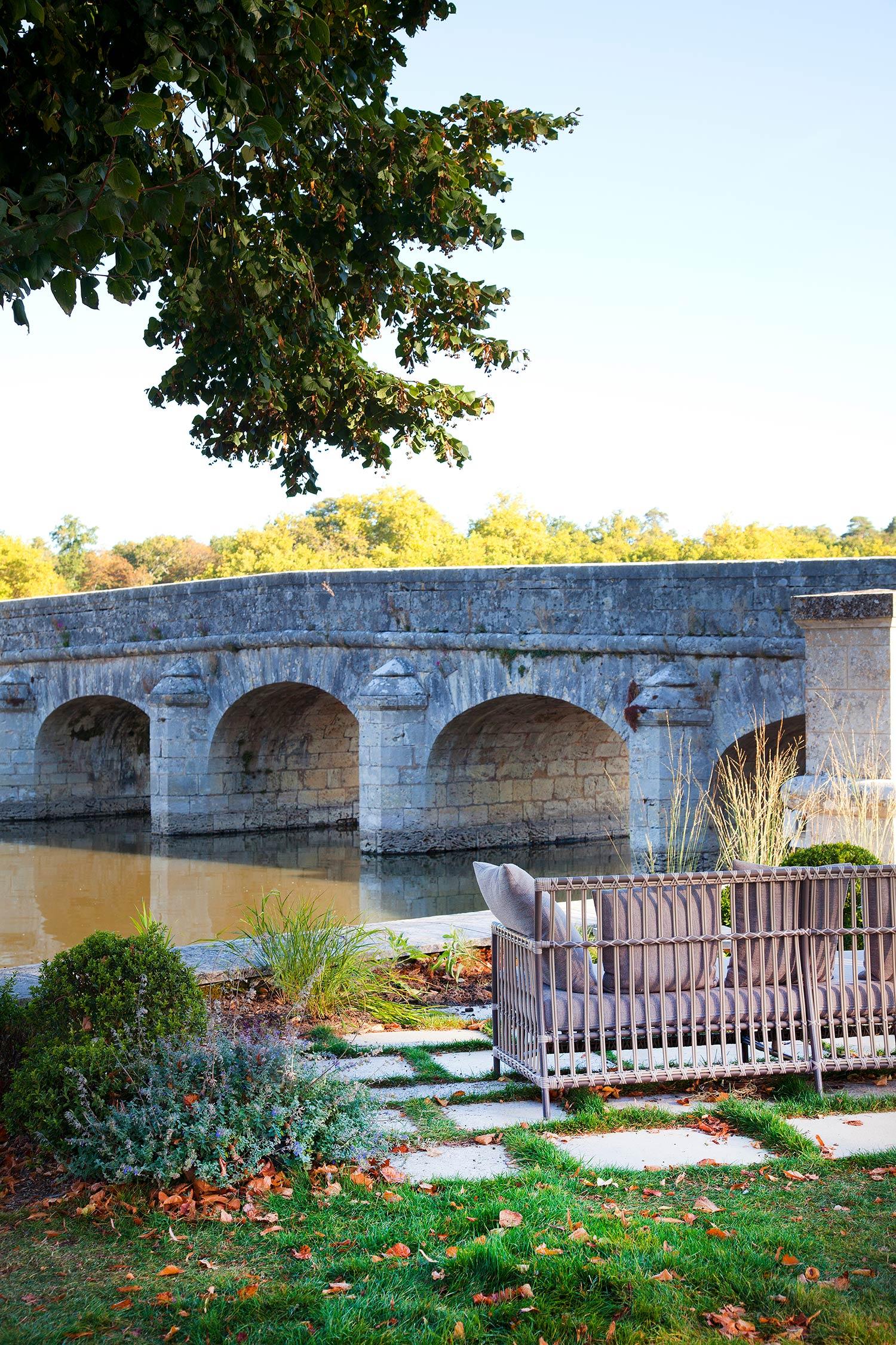 Pont de la rivière du Cosson à Chambord